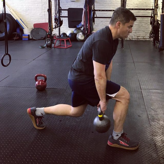 Check out that form lunges threadedlunges weightedlunges kettlebell 20kg strengthhellip